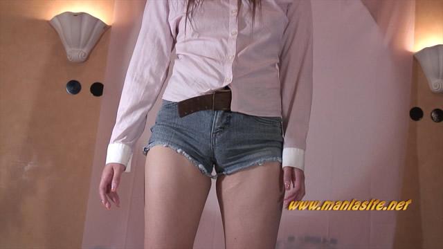 Short bread Moriman girl's crotch buttocks Kunekune dance clothes Cameltoe! #1