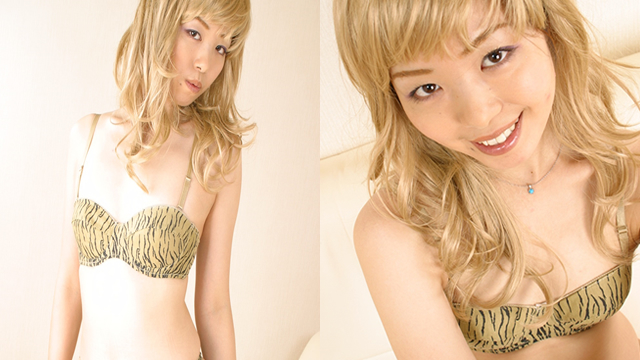 Tiger striped underwear of a blond hair wig's Riho! #1