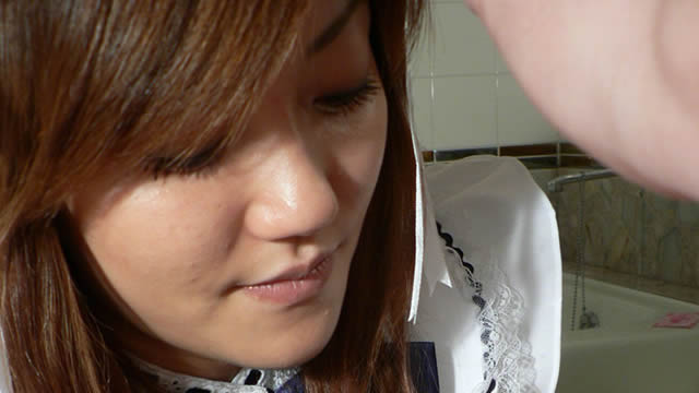 Slut Tanaka face-to-face handjob in the bathroom! It feels too good! !! #3