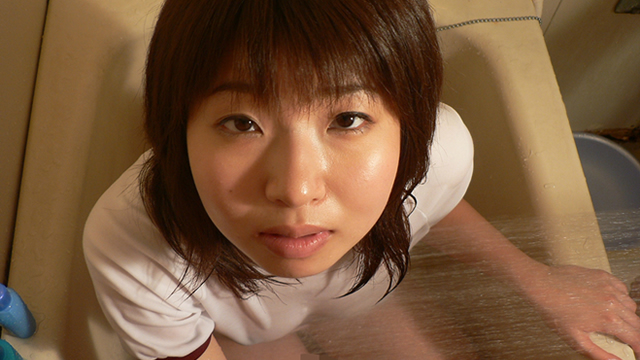 Haruka of ultra-erotic Blow! Subjective Blow wearing gym clothes among the bathtub! #1