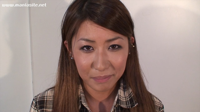 Lips of charming Yu-chan first appearance during the kiss face!
