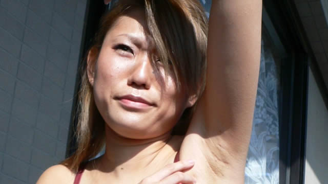 Healthy armpit licking of gals on the outdoor veranda! #2