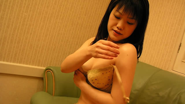 SEX with Izumi-chan and love hotel! Blow too! #2