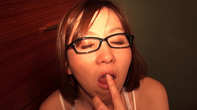 Eyeglasses beautiful wife Miyuki's first pseudo semen cumplay! #2