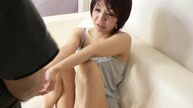 Watch masturbation of beautiful married woman!  #3