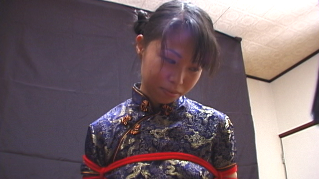 Tie Eri of the Chinese dress and shoot her mouth · cumplay! #2